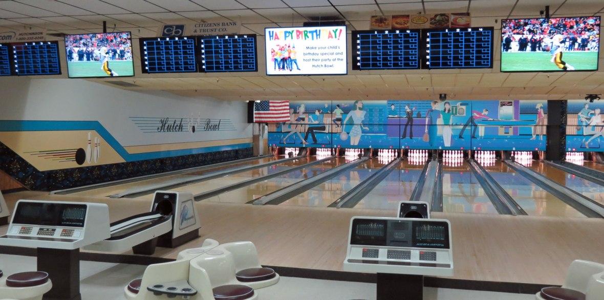 bowling alley hutchinson, mn